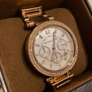 MK Mother of Pearl Face Rosegold Watch GREAT DEAL